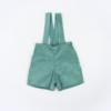 Vista Frente Calções bebé com alças amovíveis. Tecido em Bombazine Verde.
