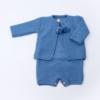 Conjunto de malha composto por fofo e casaco para bebé em azul inglês.