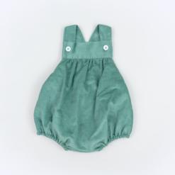 Vista Frente fofo de bebé em bombazine verde.