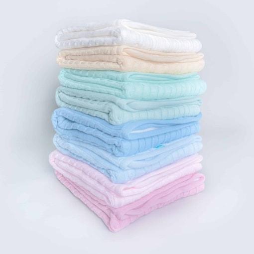 Mantas polar para bebé de variadas cores.