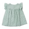Vista de costas de vestido de bebé em tecido verde com estampados de flores feito em tecido 100% algodão orgânico.